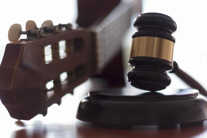 universal-studio-fires-lawsuit